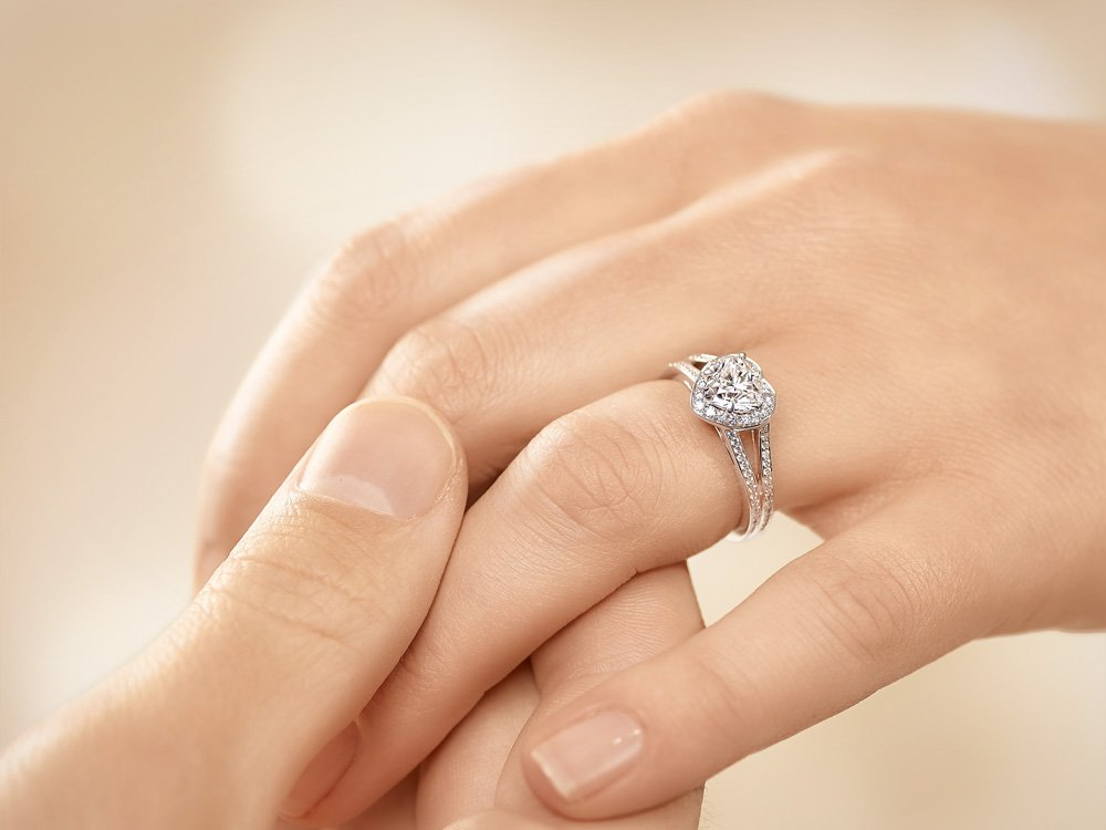 Verlobungsring Flame in 18K Weißgold mit Diamant 1,54ct Made in Germany